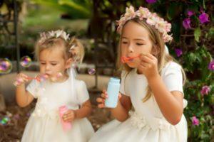 los niños en una boda