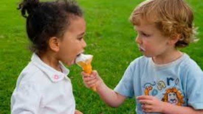 Cómo hacer que los niños compartan