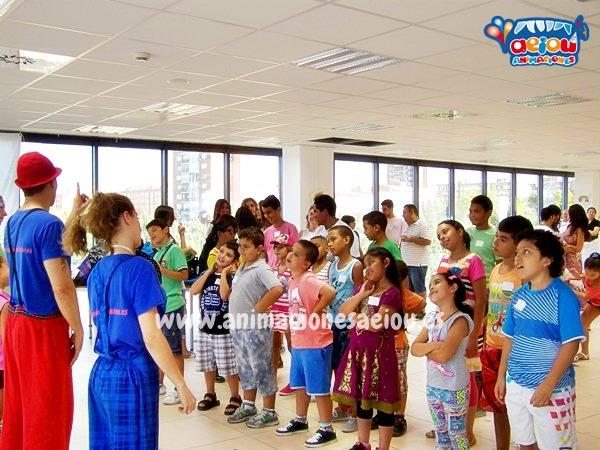 Enseñar bailes infantiles para niños