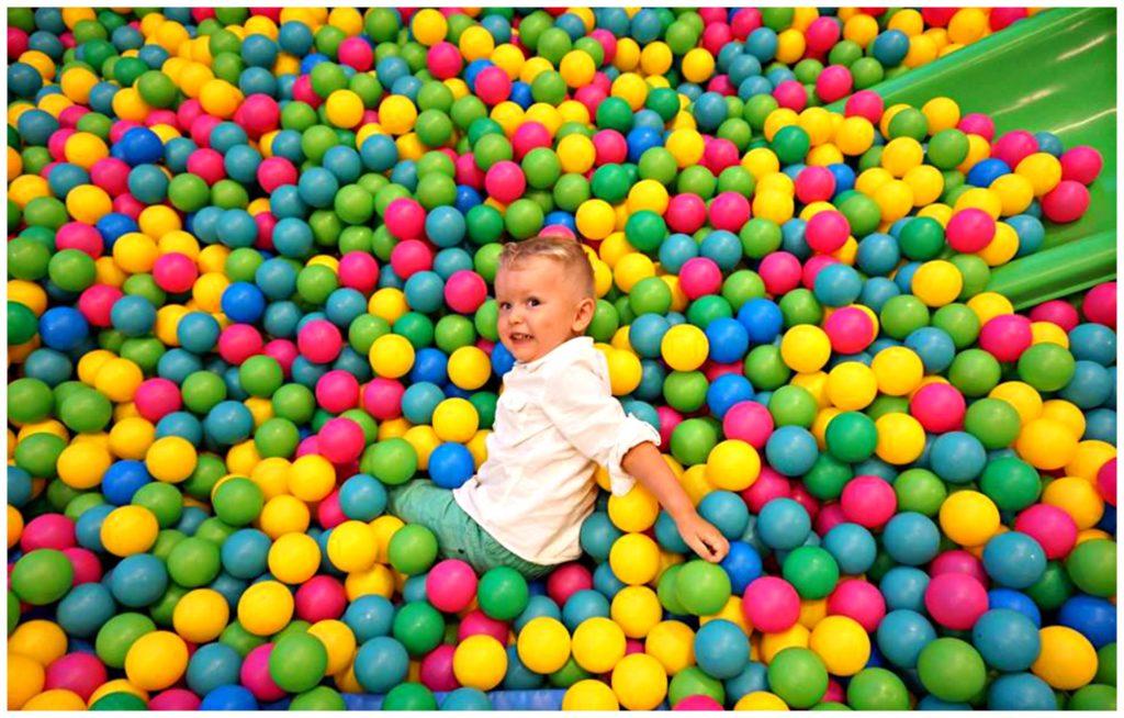 5 trucos para organizar cumpleaños infantil en parque de bolas