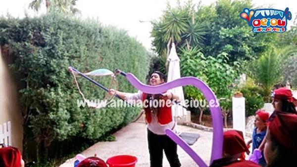 Animadores de bautizos en España