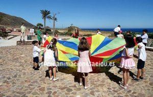 Cómo contratar tu fiesta infantil en la playa