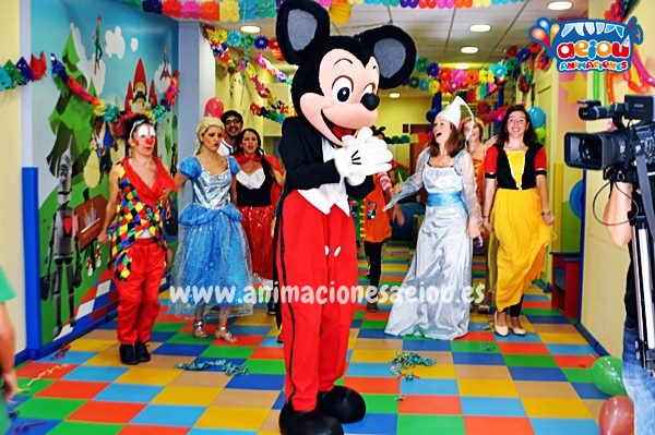 Animadores para fiestas infantiles en Barcelona
