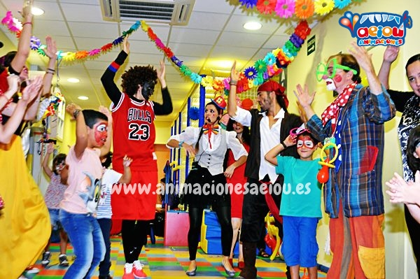 Payasos para fiestas infantiles en Sevilla