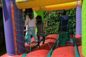 Juegos divertidos con música para cumpleaños infantiles