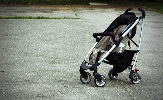 Cómo elegir sillas de paseo para tu bebé-snoopy